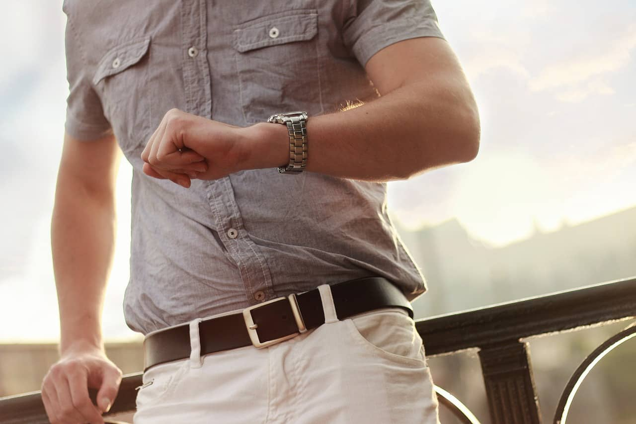 מה עדיף שעון או צמיד יד