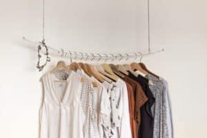 קולקציית בגדים לבחירה - לדוגמה
