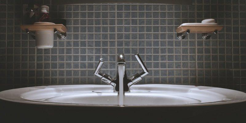 איך תתאימו את חדר האמבטיה לחדר המאסטר בבית